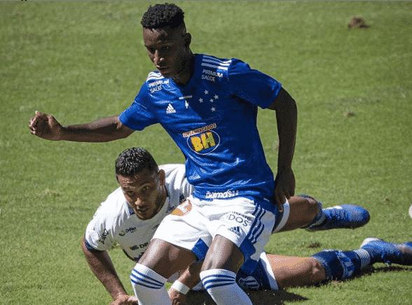 Angulo atacante Cruzeiro