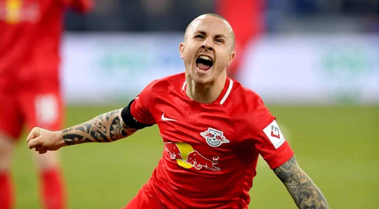 manchester city negocia permanencia de angelino no rb leipzig