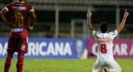 Épico! Bragantino bate Tolima, recebe grande ajuda do Talleres e se classifica na Sul-Americana