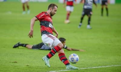 Goleada aplicada nos primeiros 45 minutos geram marcas coletiva e individual. Gabigol se destaca e atinge marca impressionante pelo Flamengo