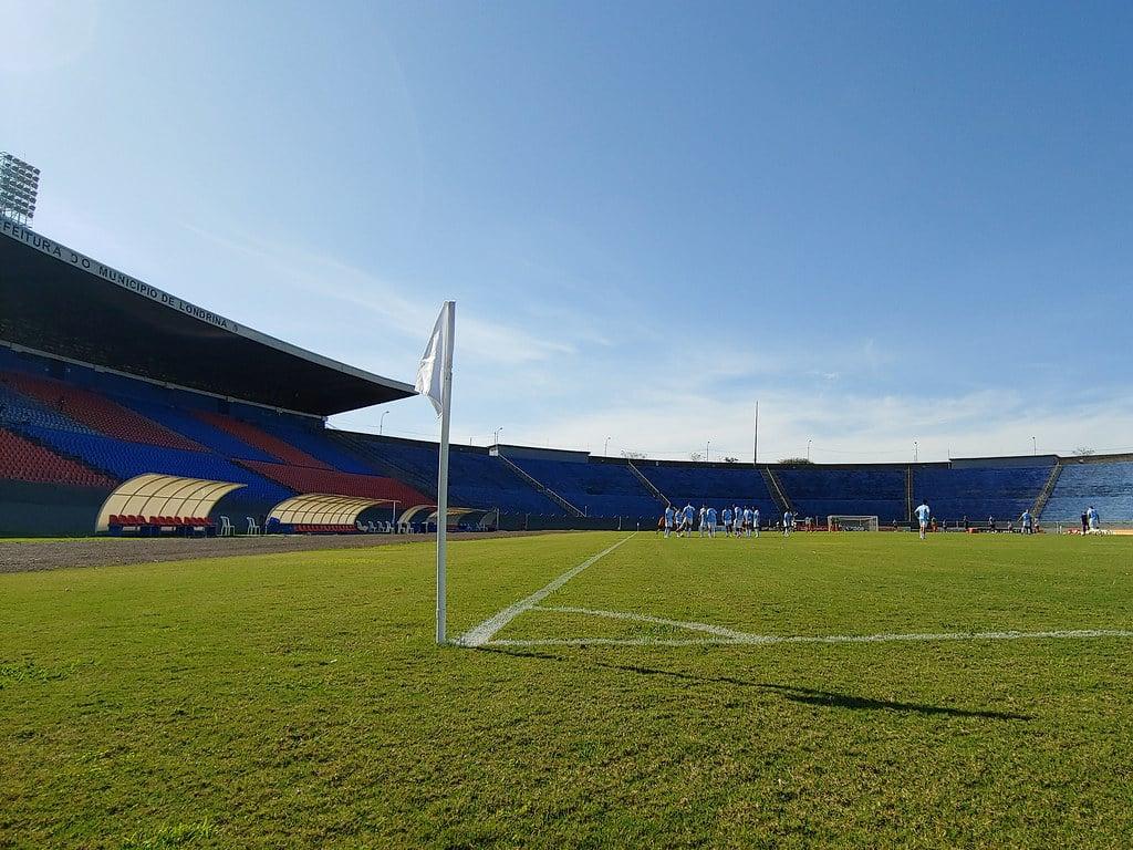 Com objetivos distintos, Londrina e Cruzeiro se enfrentam na noite desta sexta-feira (05), às 21h30, no Estádio Municipal Jacy Staff (Café)
