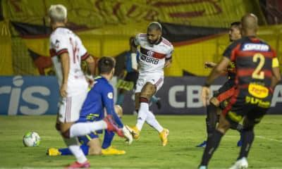 Com objetivos totalmente distintos, Flamengo e Sport se enfrentam na tarde deste domingo (15), às 16h, no Estádio Raulino de Oliveira