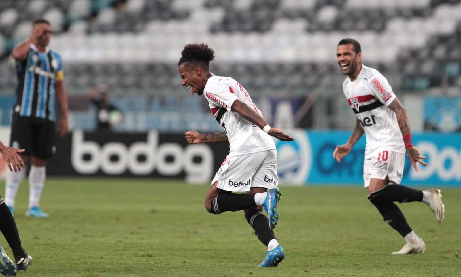 Com objetivos similares, São Paulo e Grêmio se enfrentam na noite deste sábado (14), às 21h, no Estádio Cícero Pompeu de Toledo (Morumbi)