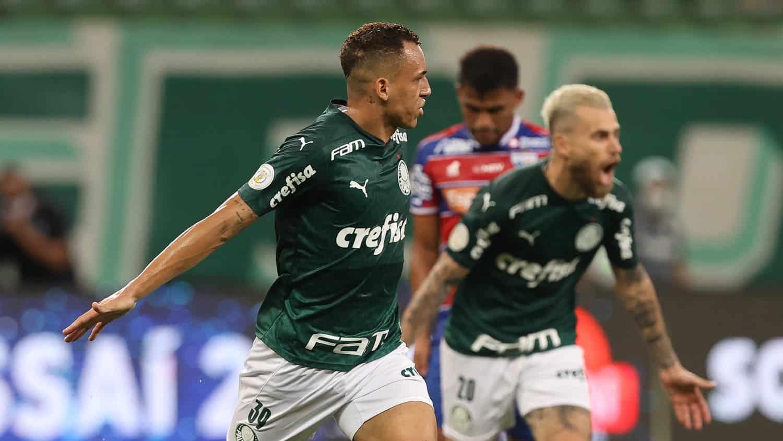 Distantes por cinco pontos de diferença, Palmeiras e Fortaleza medem forças na noite deste sábado (7), às 21h, no Allianz Parque