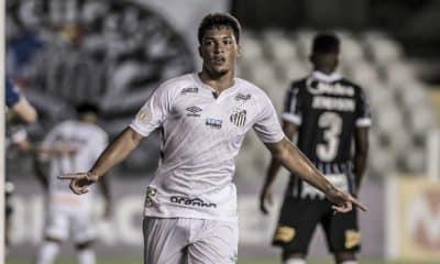 Na tarde deste domingo (8), às 16h, na Vila Belmiro, Santos e Corinthians procuram minimizar distância do G-4 e maximizar longevidade do Z-4