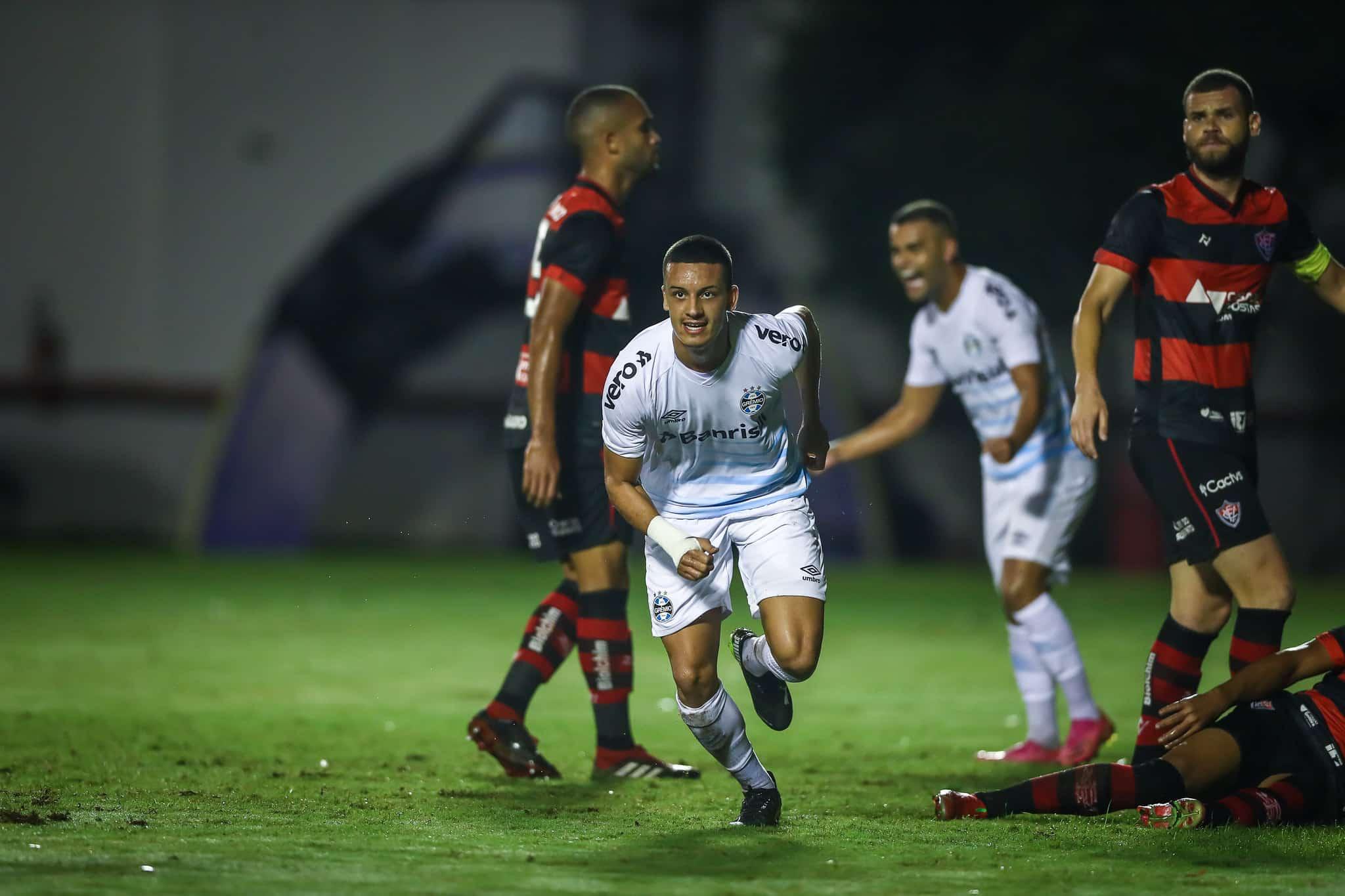 Em duas oportunidades, o Grêmio eliminou o Vitória nas quartas de final do torneio. Em cinco encontros na competição, foram quatro triunfos