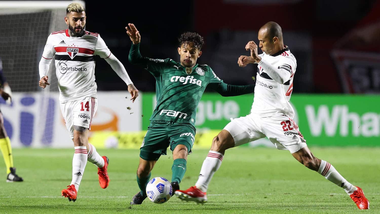 Invencível no histórico de confrontos pela Libertadores frente ao rival, São Paulo recebe o Palmeiras nesta terça-feira (10), às 21h30