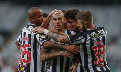 Triunfo por 2 a 0 faz o Galo dividir posto de maior vencedor no confronto contra o Athletico-PR. Com vitória, Atlético-MG chega a 21 triunfos