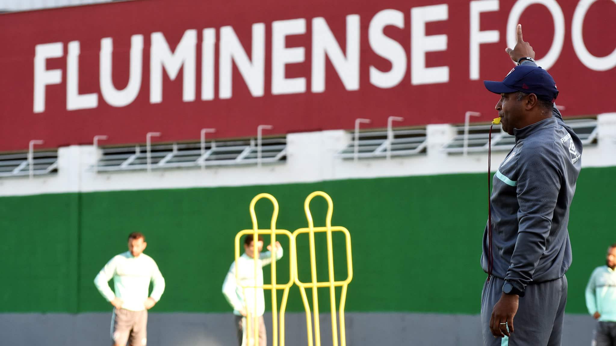 Com 38 jogos no comando do Fluminense, técnico Roger Machado comandou 28 jogos do Tricolor carioca, onde venceu 19, empatou 10 e perdeu 9