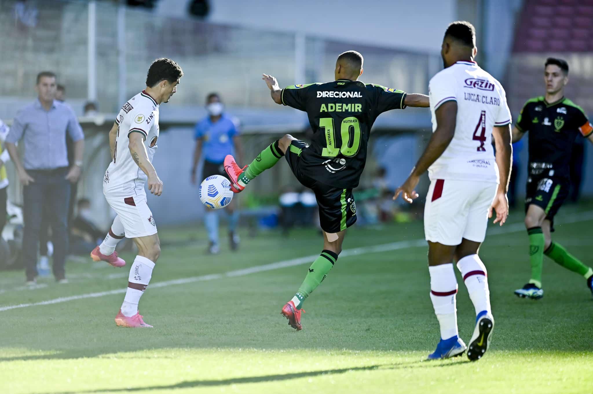 Nas últimas quatro rodadas - com exceção do duelo contra o Juventude, pela 14ª rodada foi adiado -, o Fluminense perdeu pelo mesmo placar