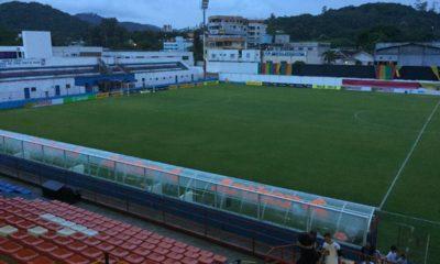 Com objetivos distintos, Brusque e Vasco se enfrentam na noite desta sexta-feira (24), às 21h30, no Estádio Augusto Bauer, em Brusque (SC)