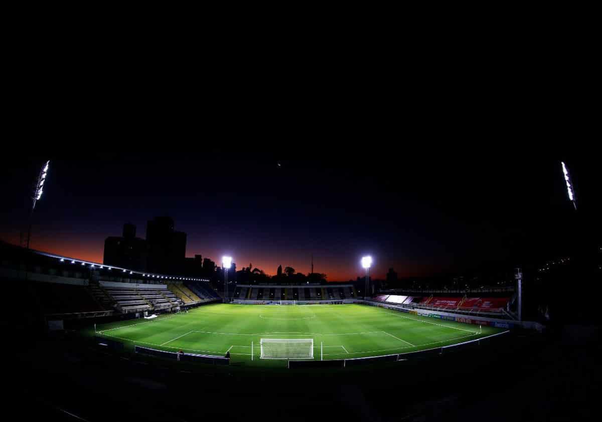 Com objetivos distintos, Red Bull Bragantino e Chapecoense se enfrentam na noite deste sábado (11), às 17h, no Estádio Nabi Abi Chedid