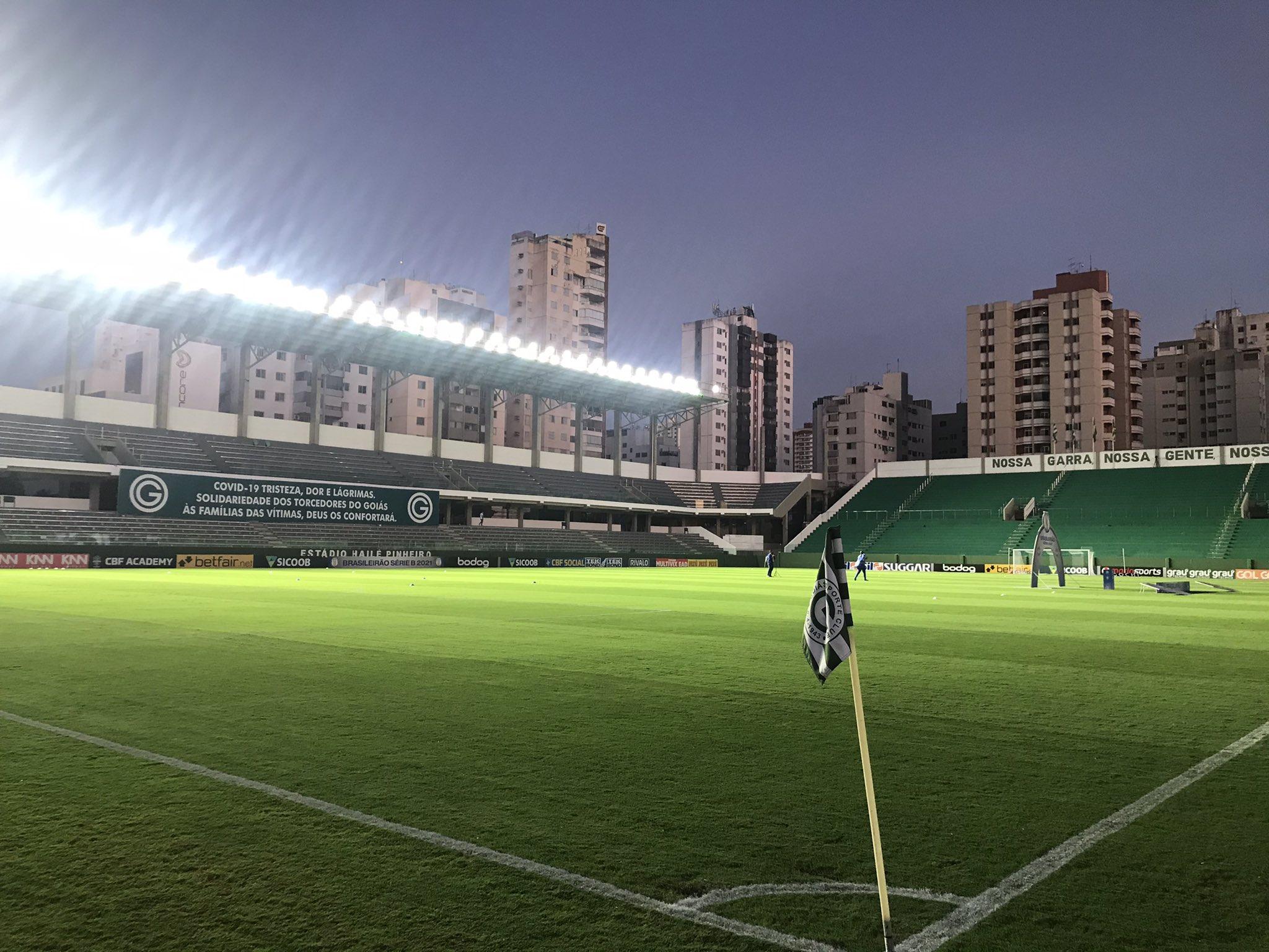 Com objetivos distintos, Goiás e Cruzeiro se enfrentam na noite deste sábado (04), às 19h no Estádio Hailé Pinheiro (Serrinha)