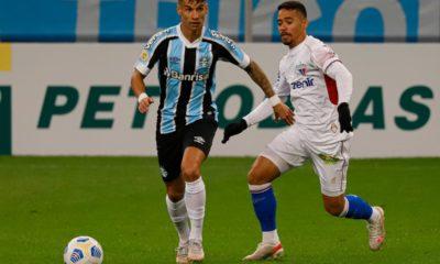 Insert variable Um no ano passado. Dois nesse ano. Próximo de vender Ferreira, o Grêmio pode somar a terceira venda de pontas da base para o exterior.