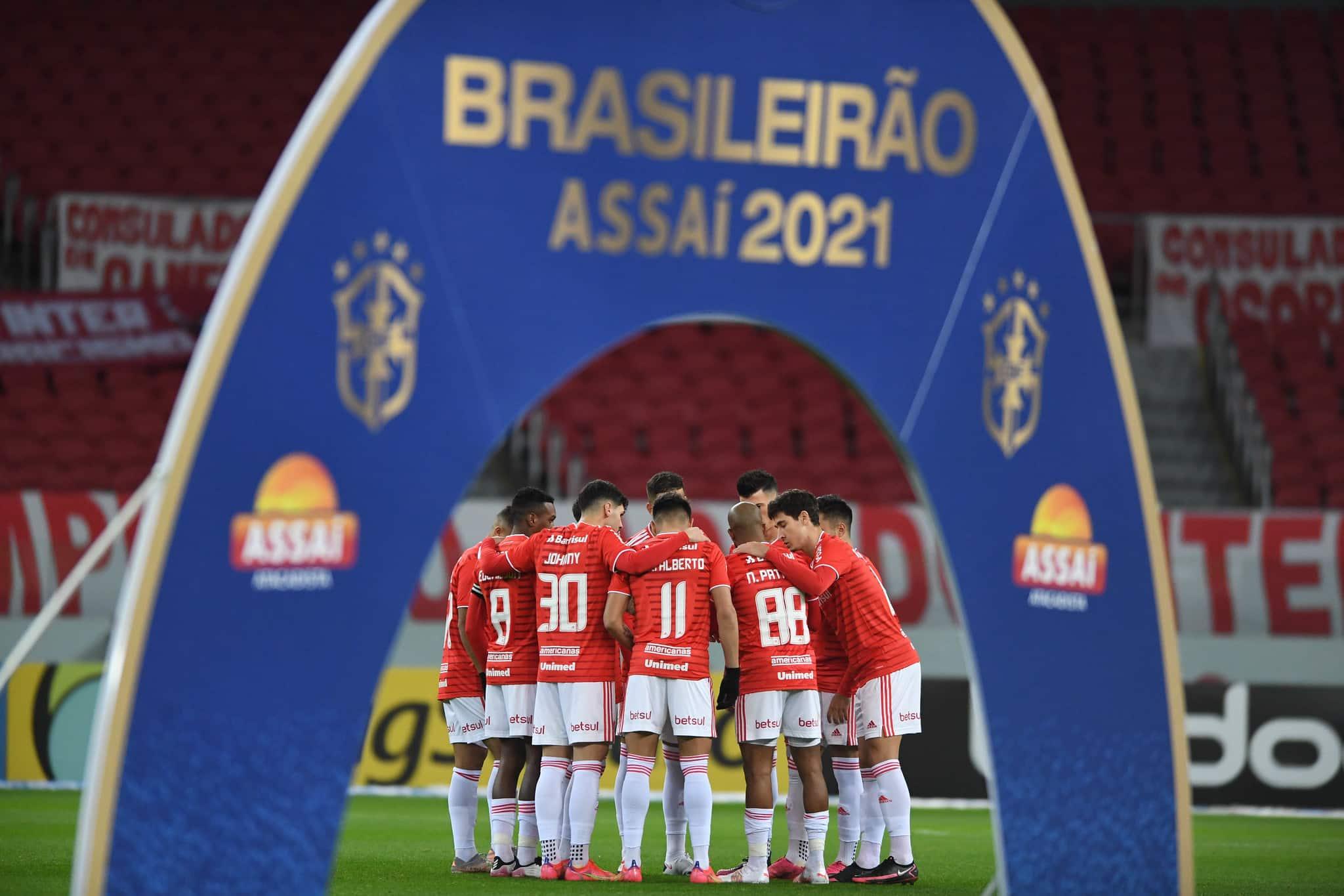 Com objetivos distintos, Internacional e Fortaleza se enfrentam na manhã deste domingo (19), às 11h, no Estádio Beira Rio