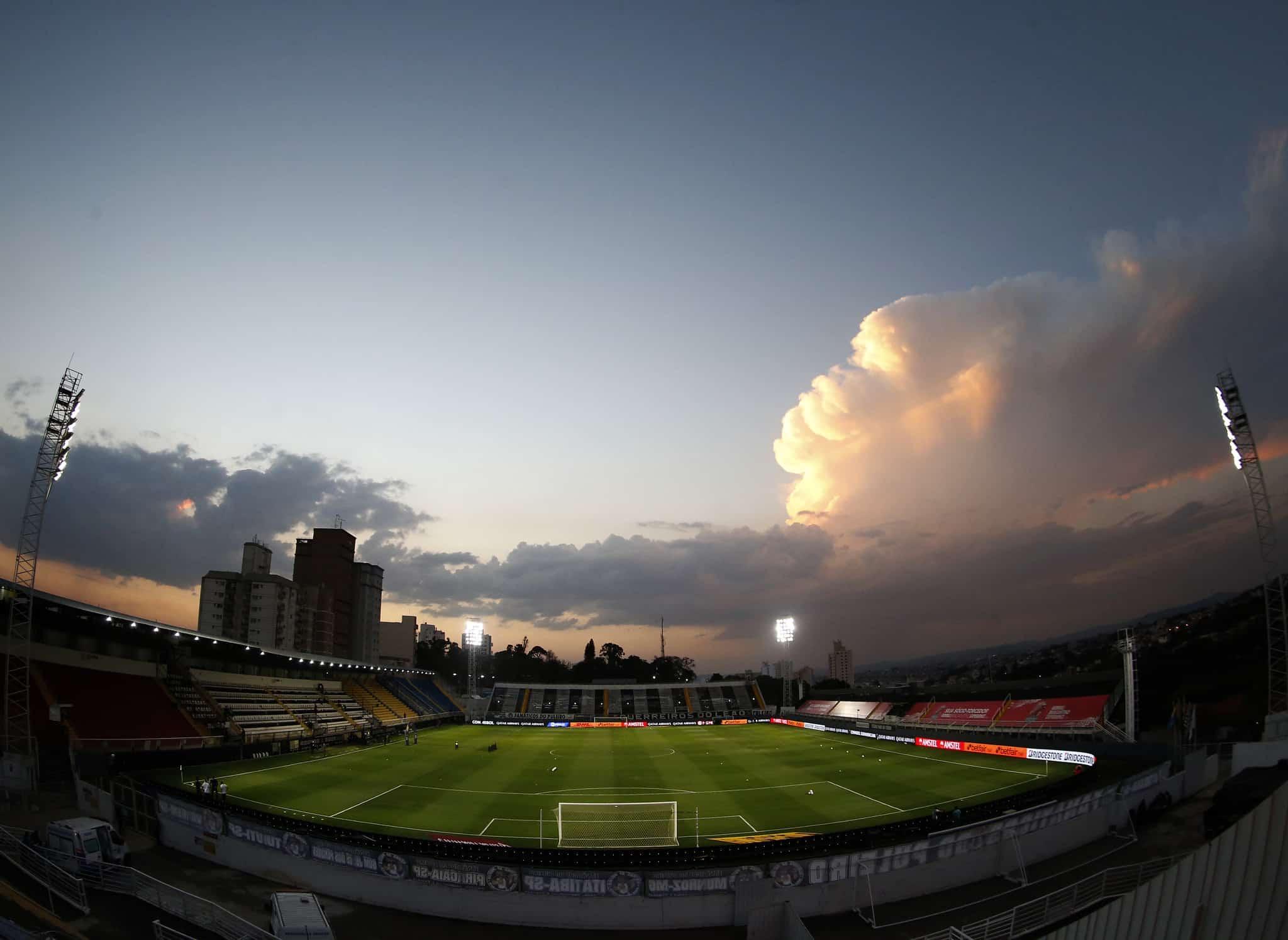 Com objetivos idênticos, Red Bull Bragantino x Libertad se enfrentam na noite desta quarta-feira (22), às 19h15, no Estádio Nabi Abi Chedid