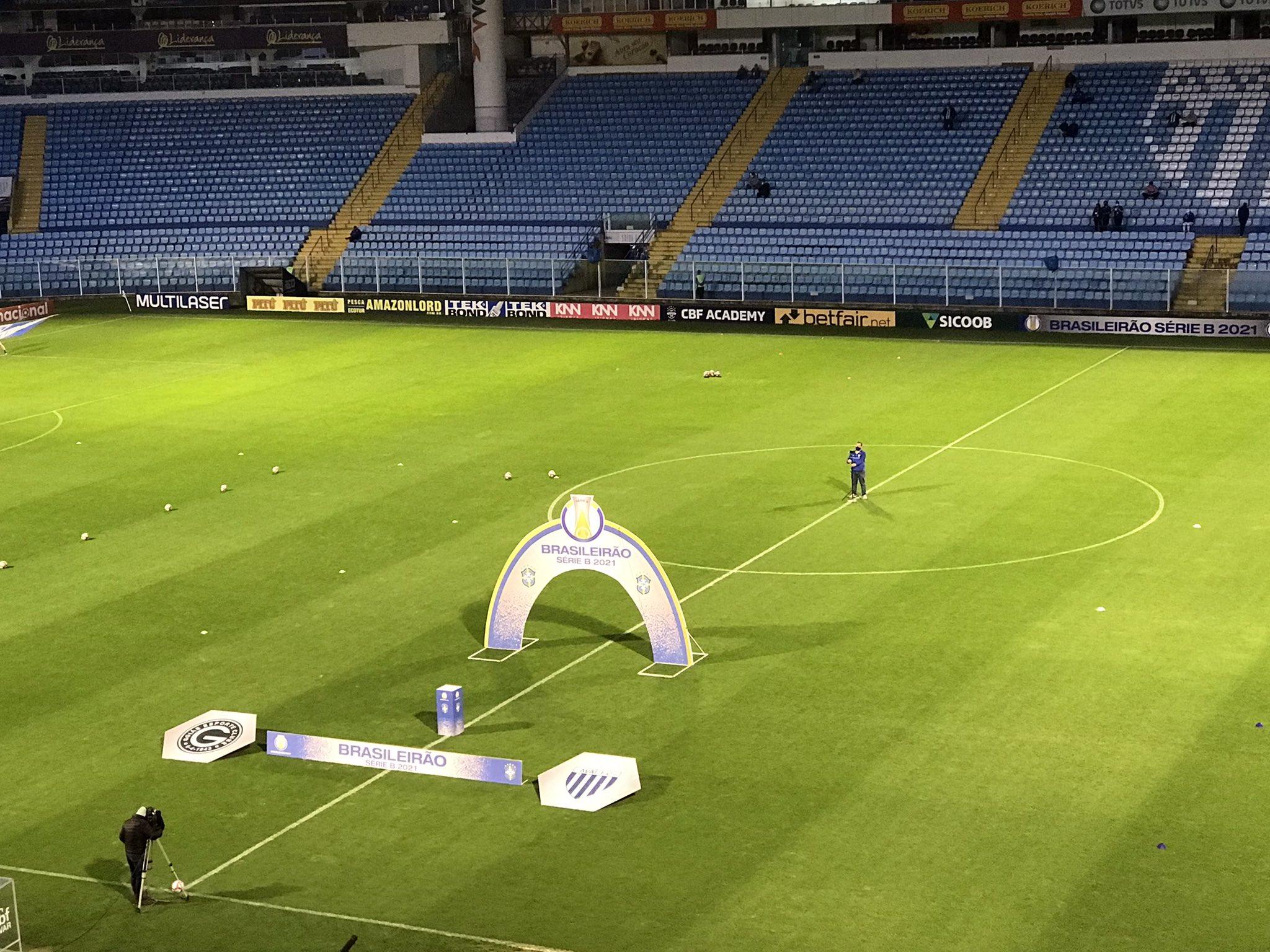 Com objetivos divergentes, Avaí e Ponte Preta se enfrentam na noite desta terça-feira (05), às 19h, no Estádio Aderbal Ramos da Silva (Ressacada)