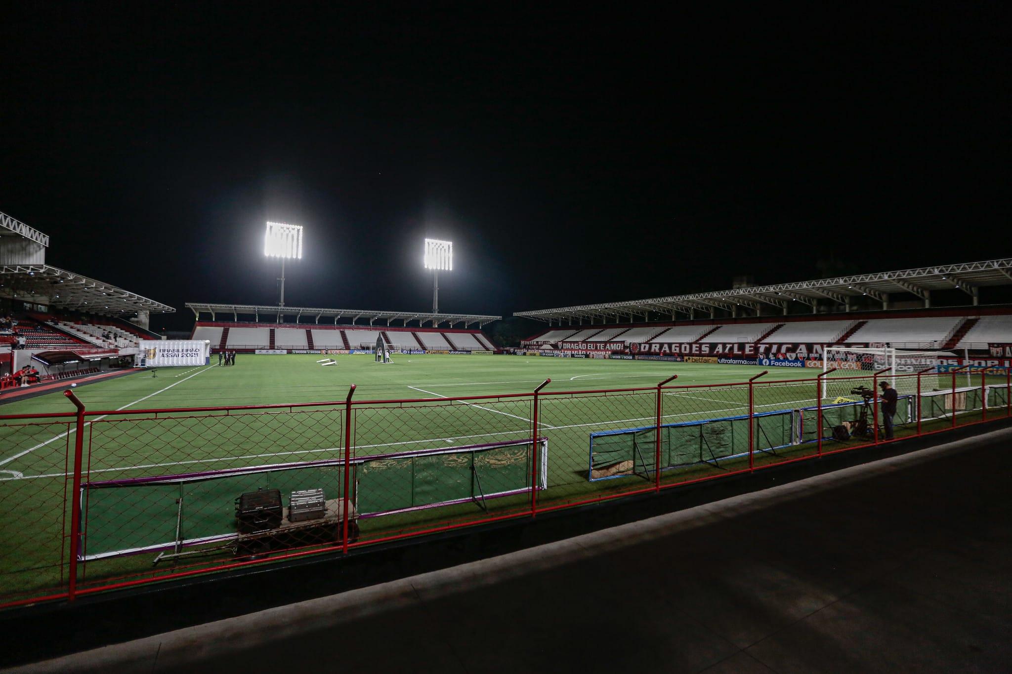 Com objetivos semelhantes, Atlético-GO e Athletico-PR se enfrentam na noite desta quarta-feira (06), às 19h, no Estádio Antônio Accioly
