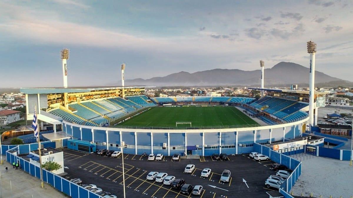 Com objetivos similares, Avaí e Goiás se enfrentam na noite desta terça-feira (21), às 19h, no Estádio Aderbal Ramos da Silva (Ressacada)